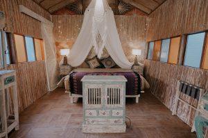 Kamar Nuansa Gypsy La Luna Resort