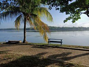 Objek Wisata Danau Bandar Kayangan Lembah Sari