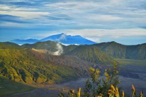Gunung Bromo yang tampak di Puncak B30_800x533