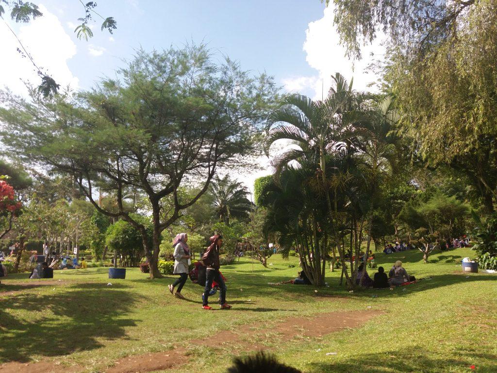Taman Galaxy dan Mini Zoo